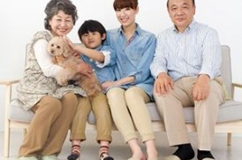 家族と愛犬のイメージ画像